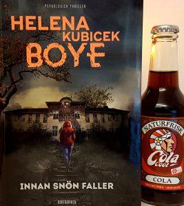 Innan snön faller av Helena Kubicek Boye